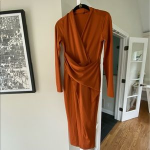Rachel Roy long sleeved ruched midi dress
